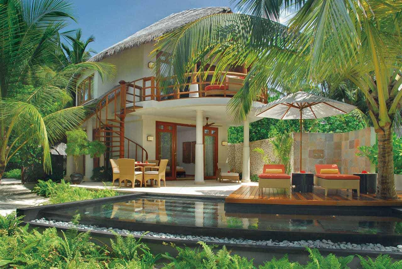 Double storey beach villa with pool