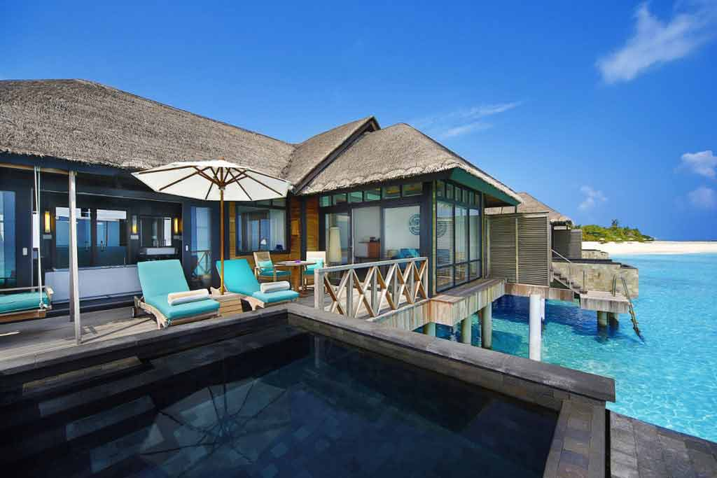 Sunrise water villa with infinity pool