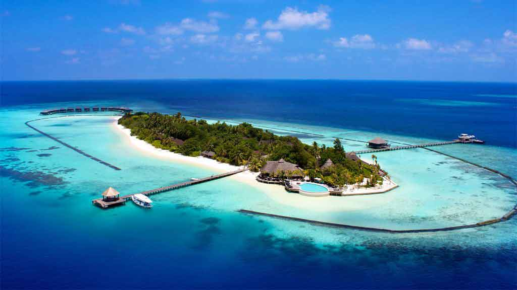 Komandoo Maldives Resort
