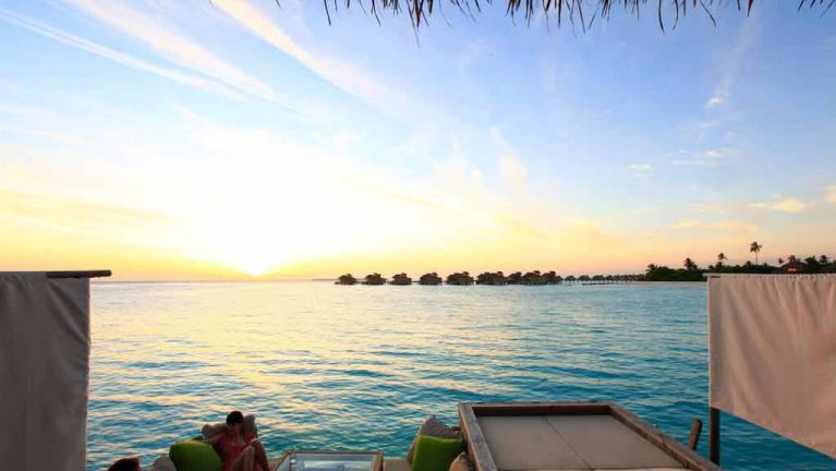 sunset laamu water villa