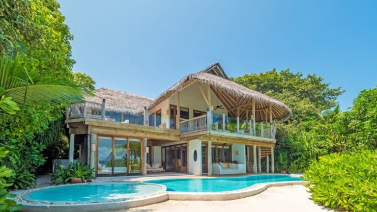 3 Bedroom Soneva Fushi Villa Suite with Pool